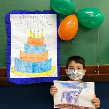 1º ano comemora a data de ampliação do Colégio. Parabéns Extensão X
