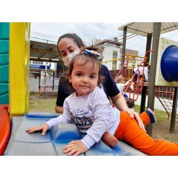 Maternal - Mais um momento de diversão no parque